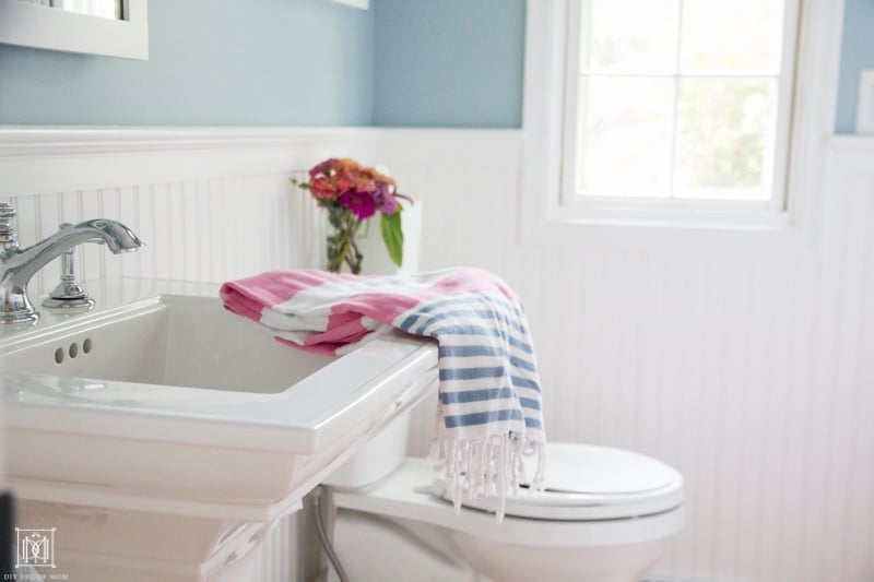 clean bathroom--childproofing and deep cleaning your bathroom are important for getting your house prepared for baby!